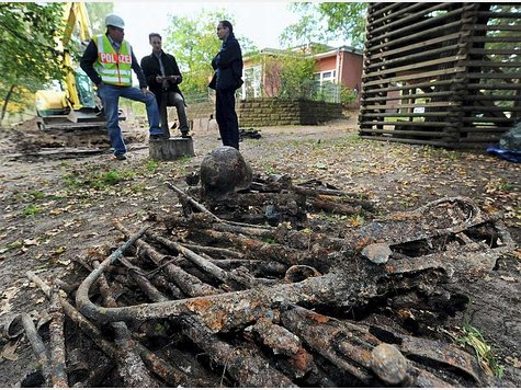 small ww2 arms dump found near school in germany stormfront. Black Bedroom Furniture Sets. Home Design Ideas