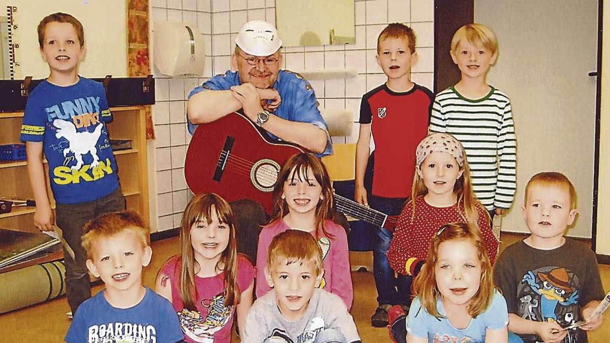 """""""Edel"""" Hennig war jetzt im Kindergarten Etelsen zu Besuch."""