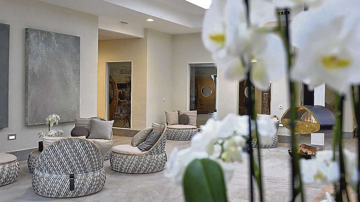 eigent mer erweitern oase am weserpark um wellness lounge nach club prinzip weitere. Black Bedroom Furniture Sets. Home Design Ideas