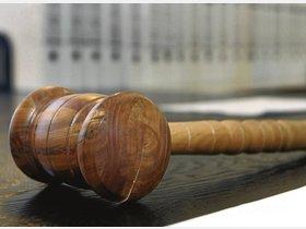 Staatsanwalt fordert zehn Jahre Haft / Urteil am 27. März erwartet - kreiszeitung.de