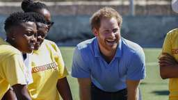 Prinz Harry findet sich cooler als William