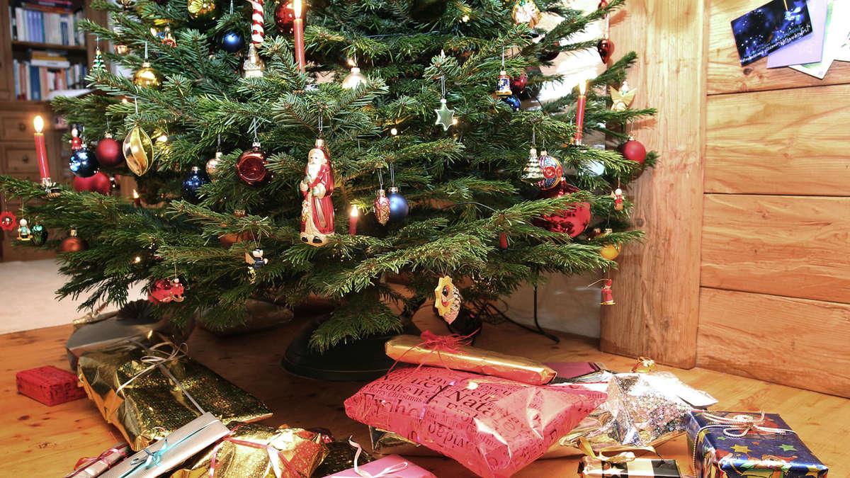 nicht jeder kann weihnachten im kreis seiner liebsten. Black Bedroom Furniture Sets. Home Design Ideas