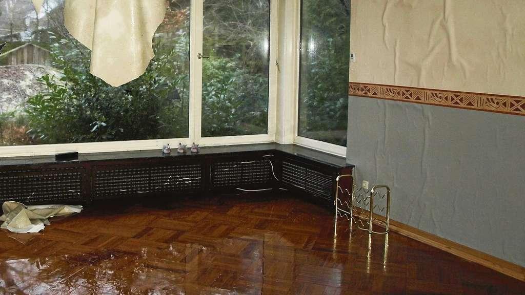 berfluteter bungalow wasserwerk registriert druckverlust nur an hauptleitung visselh vede. Black Bedroom Furniture Sets. Home Design Ideas