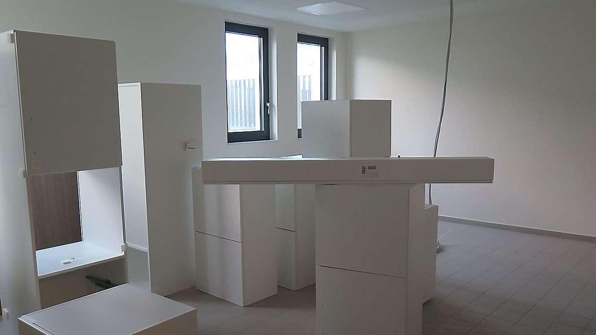 umzug der psychiatrie twistringen hat begonnen bilder bassum. Black Bedroom Furniture Sets. Home Design Ideas