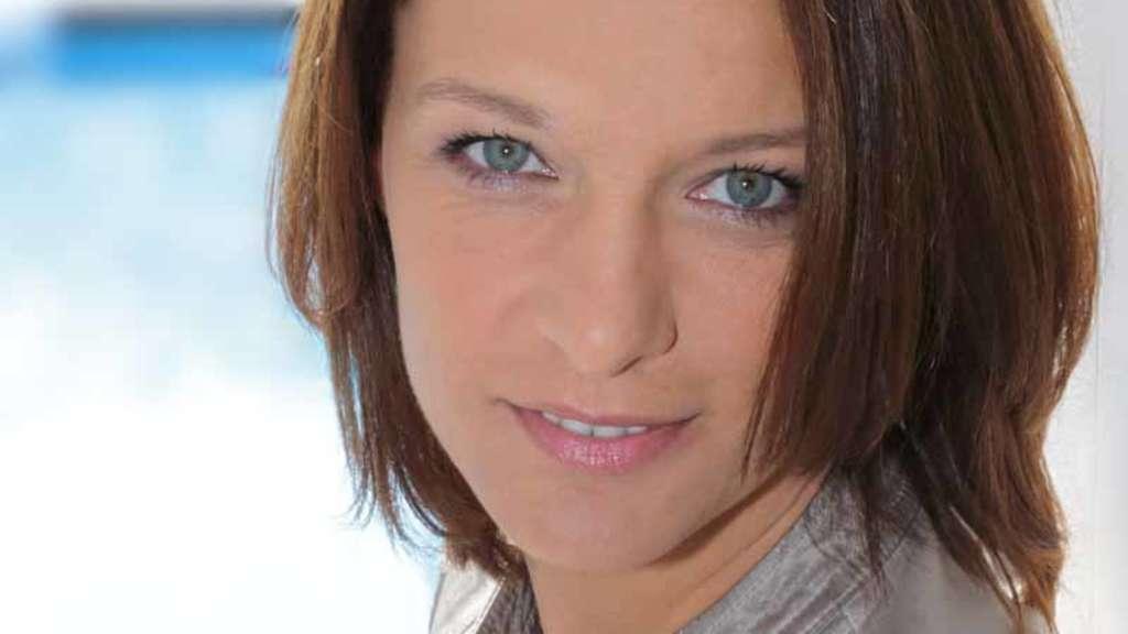 Zdf sportmoderatorin jana thiel ist gestorben tv for Zdf moderatorin schlaganfall