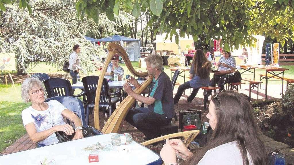 Musik, Stricken, Klönen, Treffen: Das bietet das Sulinger Wollefest 2016 am 20. und 21. August.