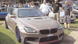 Twistringen fest in BMW-Hand