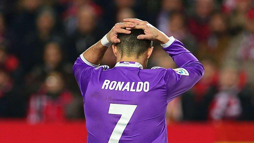 Fußball - Rückschlag für Real: 1:2 im Spitzenspiel beim FC Sevilla