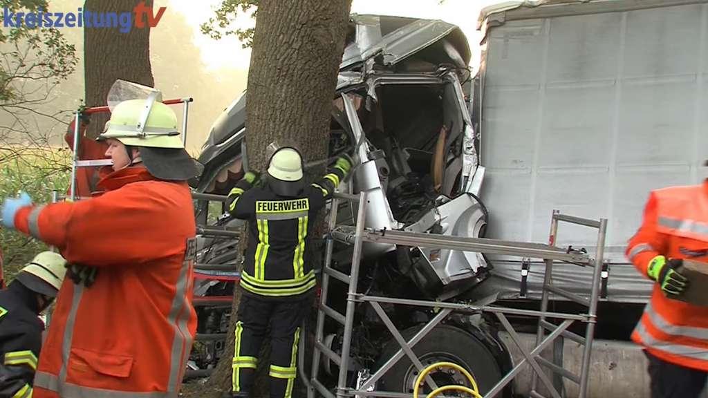 LKW-Unfall mit einem Toten