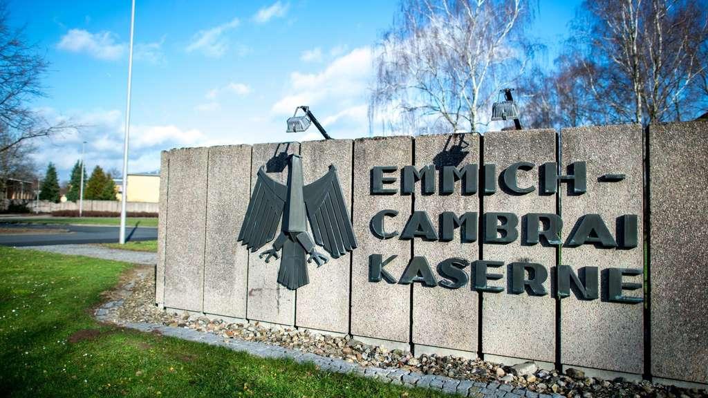 Von der Leyen: Umbenennung von Emmich-Cambrai-Kaserne wichtiges Signal