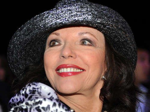 "Denver-Biest Joan Collins in ""Verbotene Liebe"""