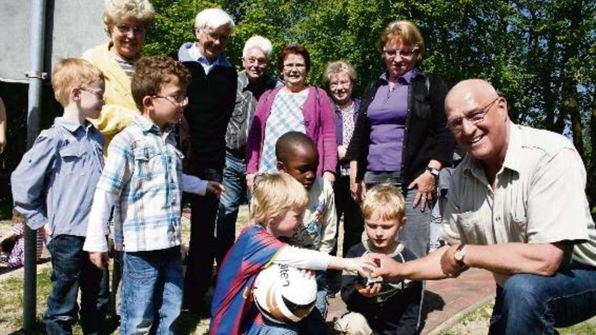 Oma und opa besuchten die villa kunterbunt landkreis - Ihr werdet oma und opa ...