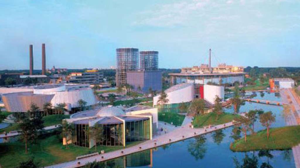 Zehn Jahre Autostadt In Wolfsburg Niedersachsen