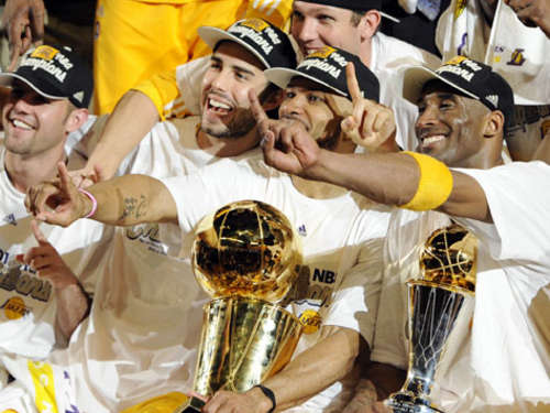 Los Angeles Lakers verteidigen Meister-Titel