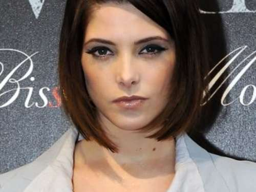 """Twilight""-Star Ashley Greene dreht mit Miley Cyrus"