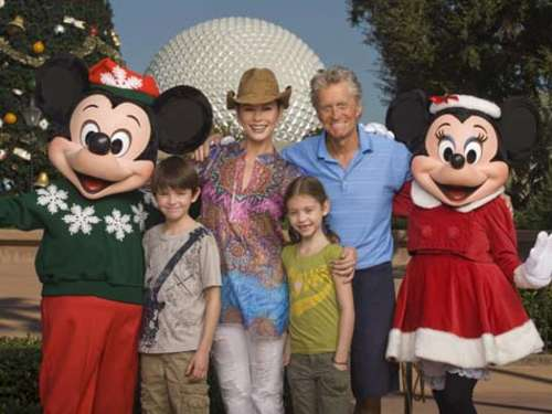 Michael Douglas: Mit Familie in Disney World