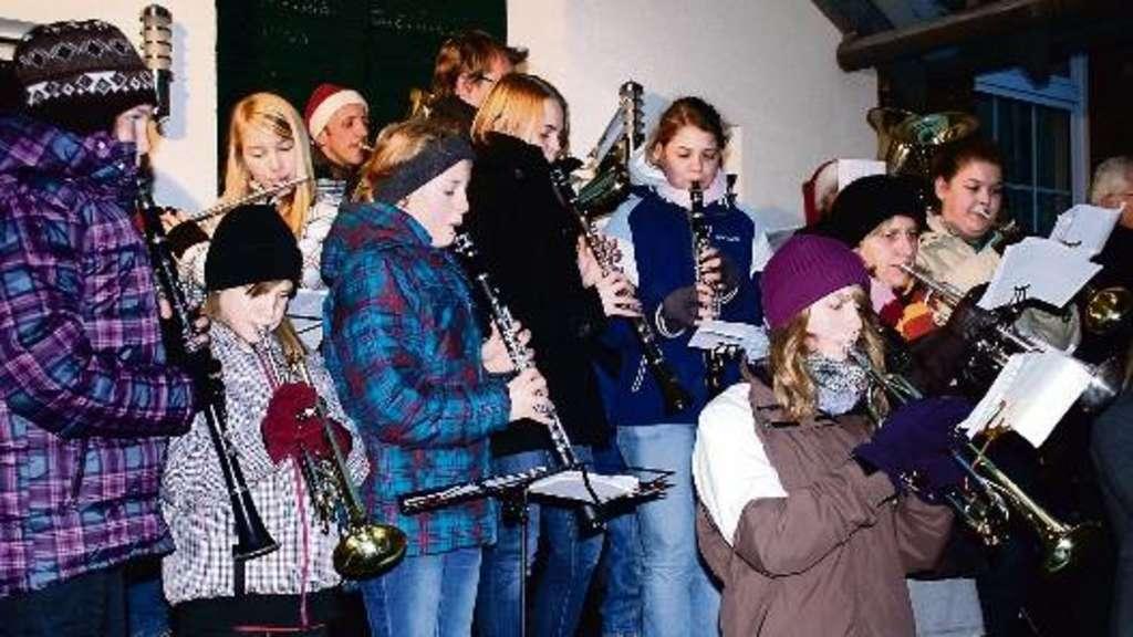 Weihnachtslieder Blasorchester.Schnee Zum Spaß Im Hüttendorf Landkreis Diepholz
