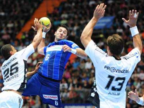 Handball-Supercup: THW Kiel vs. HSV Hamburg