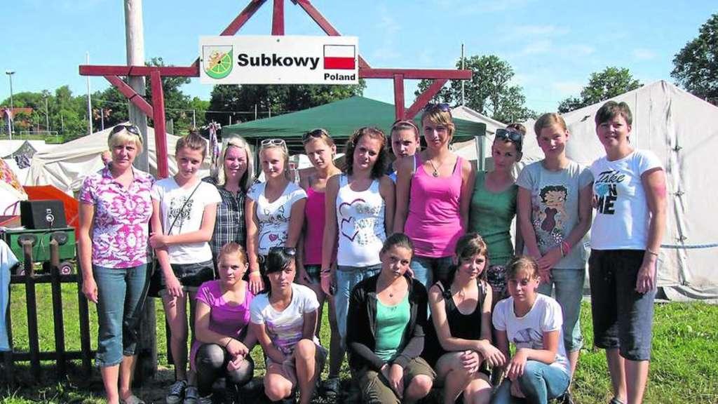 M dchen team aus subkowy will unbedingt pokale holen for Pokale hannover