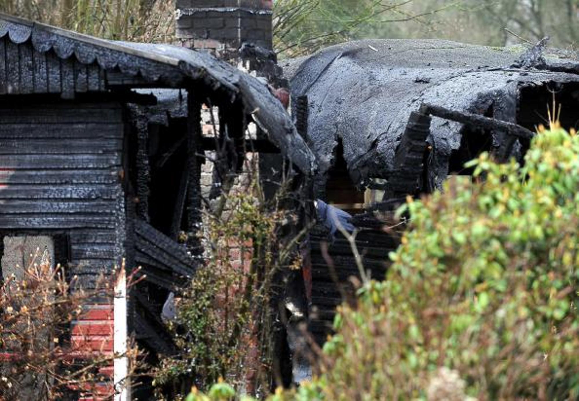 zwei tote personen bei parzellenbrand in bremen bremen. Black Bedroom Furniture Sets. Home Design Ideas