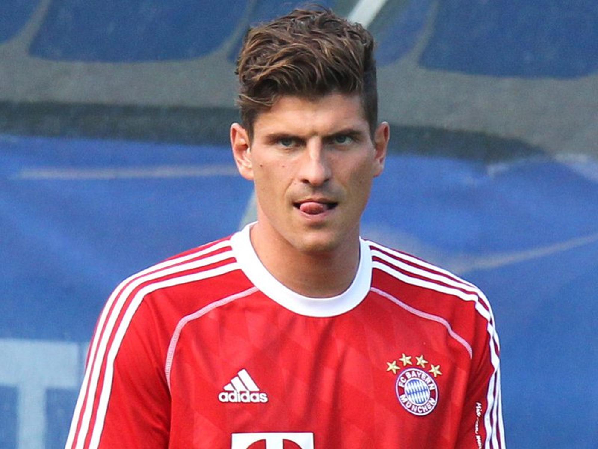 Schalke Draxler Sagt Nie Nie Barnetta Will Weg Fussball