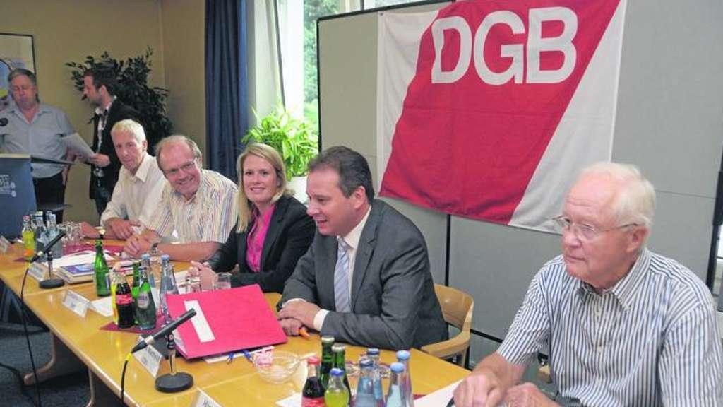 Podiumsdiskussion Im Kulturhaus Alter Schützenhof Vor Bundestagswahl