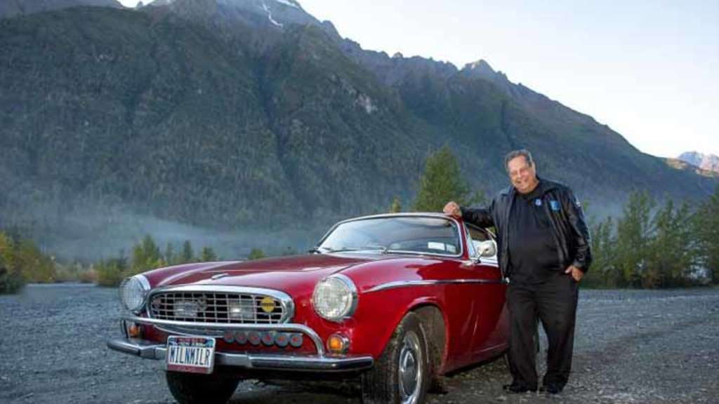 Irv Gordon nears the 3 million mile mark in his Volvo P1800