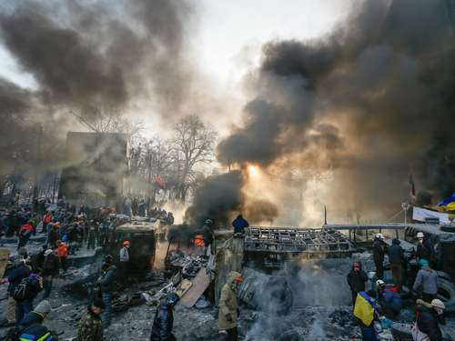 Ukraine: Innenminister droht Demonstranten