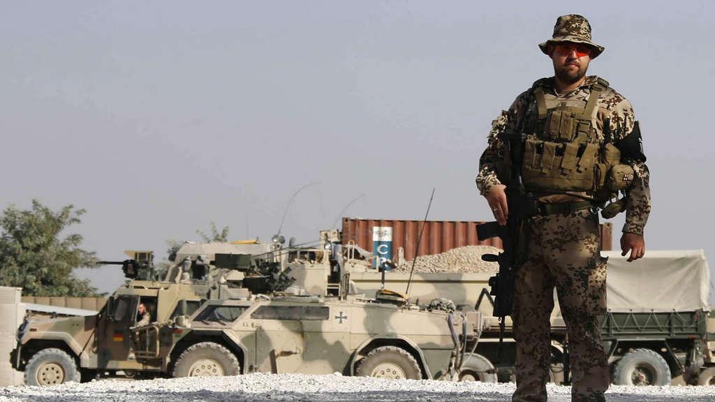 Laser Entfernungsmesser Bundeswehr : Feldlager kundus verfällt nach bundeswehr abzug politik