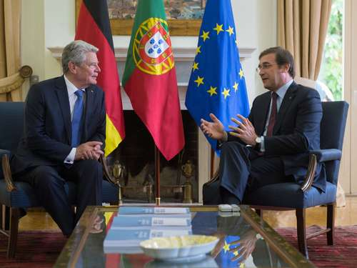 Gauck kritisiert London in Lissabon