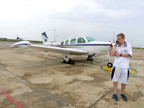Teenager-Pilot in Indien gelandet