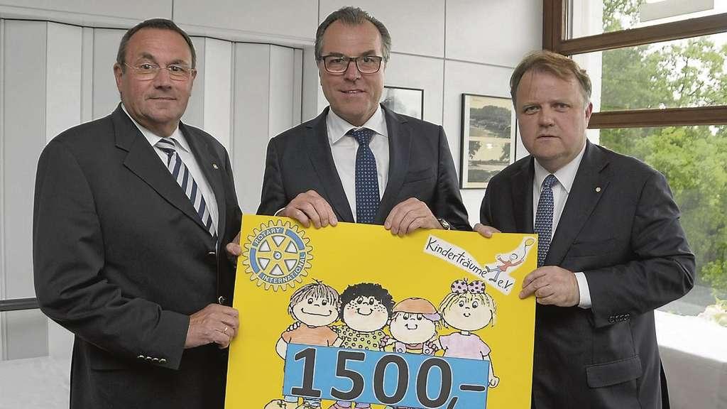 Konzern Und Schalke Boss Clemens Tönnies Beim Achimer Rotary Club