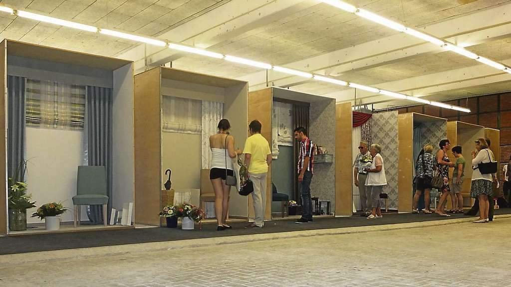 Eindrucksvolle Räume: In Der Ausstellung Waren Die Prüfstücke Der  Raumausstatter ...