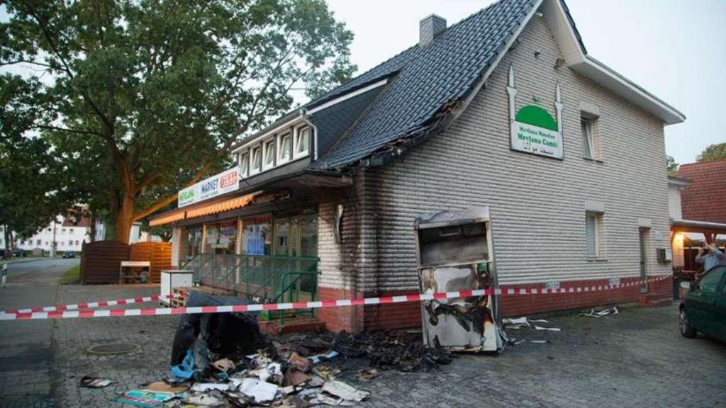 POL-DEL: Ganderkesee: Polizei sucht mit Phantomskizze nach Täter ...