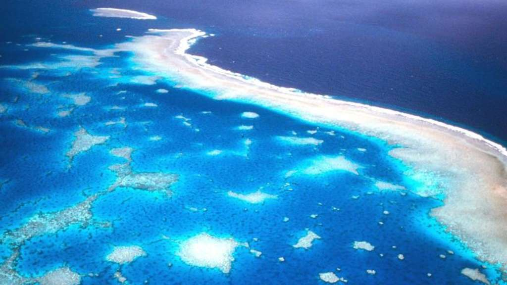 Luftaufnahme des Great Barrier Riffs vor der Küste Australiens. Foto: Great Barrier Reef Marine Park Authority