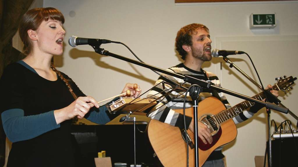 Das Duo Goldilocks and the Nightingale überzeugte mit Folk.