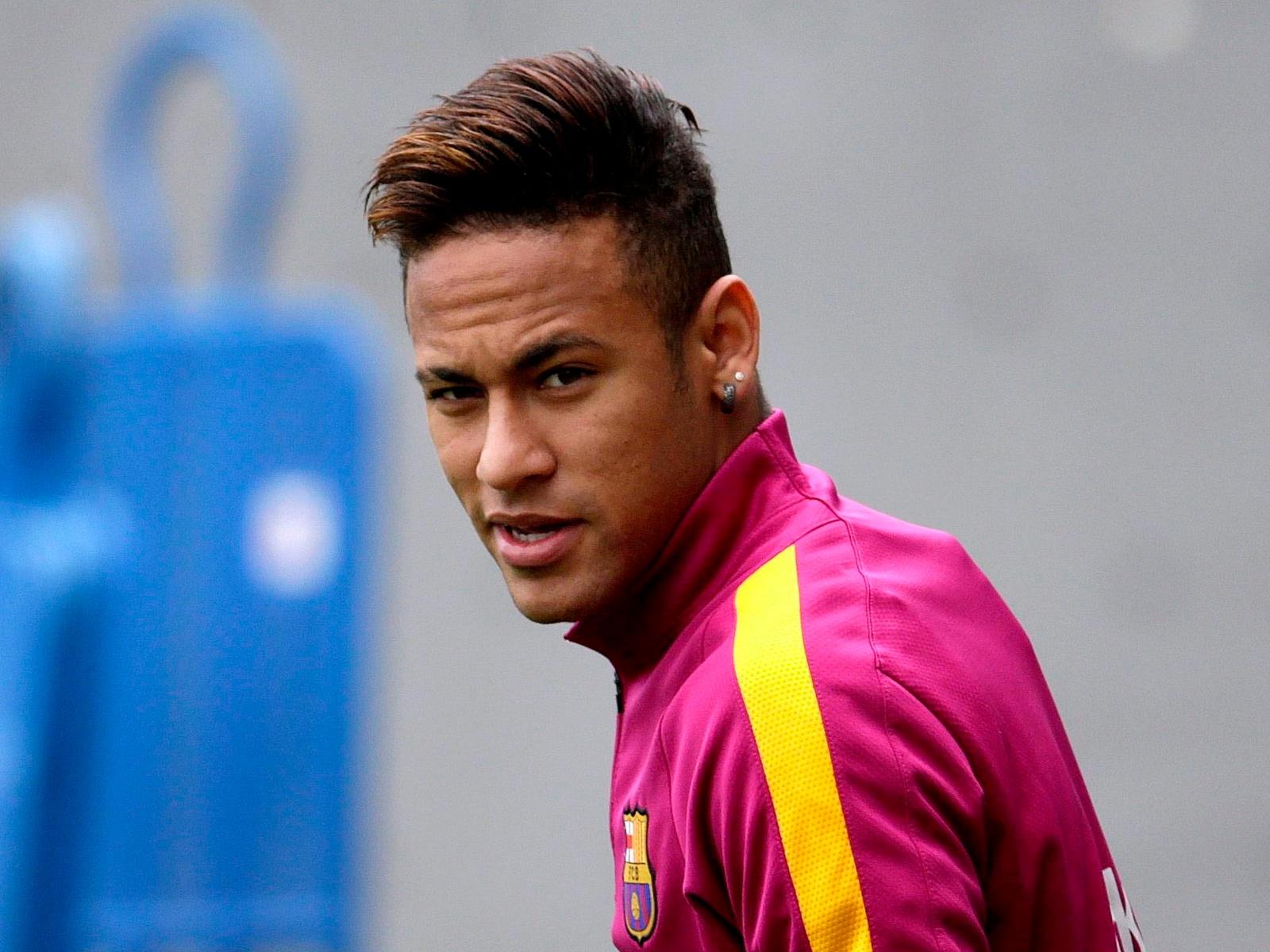 Schön Neymar 2016 Frisur Finden Sie Die Beste Frisur Inspiration Hier