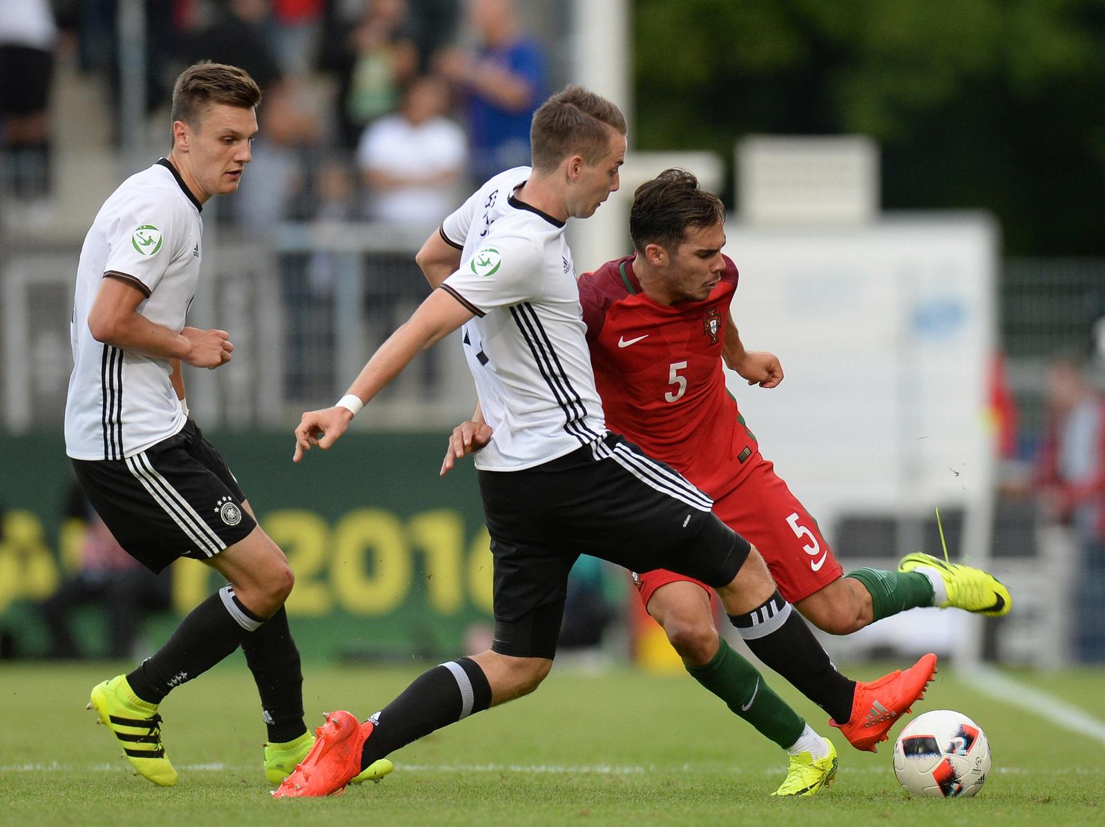 Deutschland Fliegt Bei U19 Em Schon In Der Vorrunde Raus