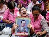Well wishers across Thailand pray for Thai King