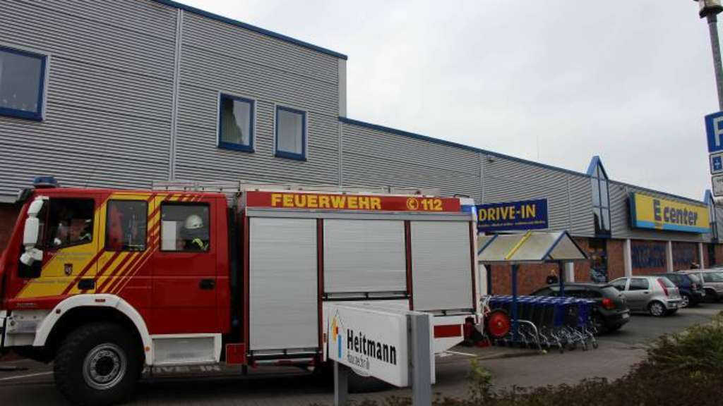 Einsatz am E-Center in Sulingen. - Foto: S. Wendt