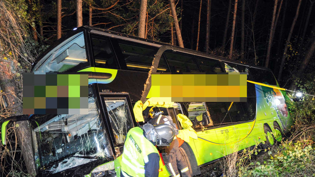 German bus plunges 10 meters in Austrian crash