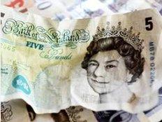 Seit der Entscheidung der Briten für den Austritt im Juni hat die britische Währung aber gegenüber dem Euro deutlich an Wert verloren. Foto: Andy Rain