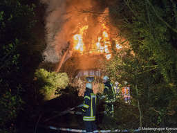 Reetdachhaus in Vahlde in Flammen