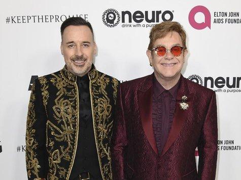 Elton John feiert mit StarAufgebot seinen 70 Geburtstag