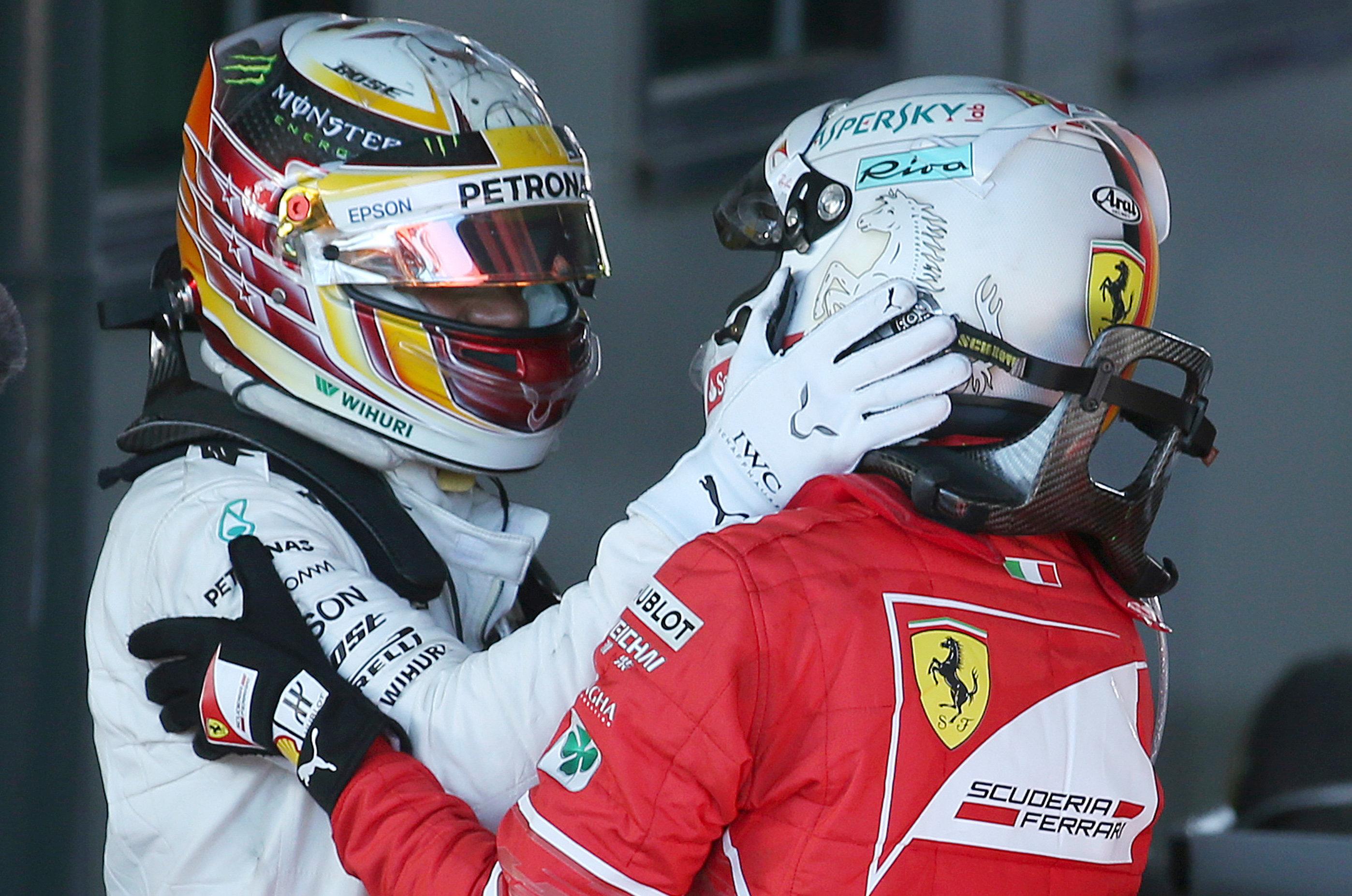 Großer Preis von China: Lewis Hamilton gewinnt vor Sebastian Vettel
