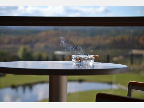 Rauchen auf dem Balkon Welches Recht haben Mieter