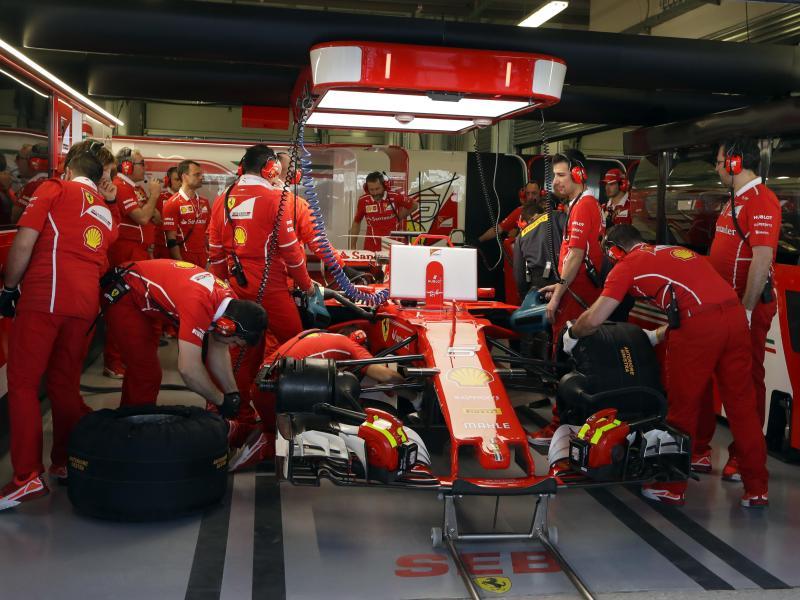 Ferrari-Duo durchbrach in Sotschi Mercedes-Pole-Dominanz