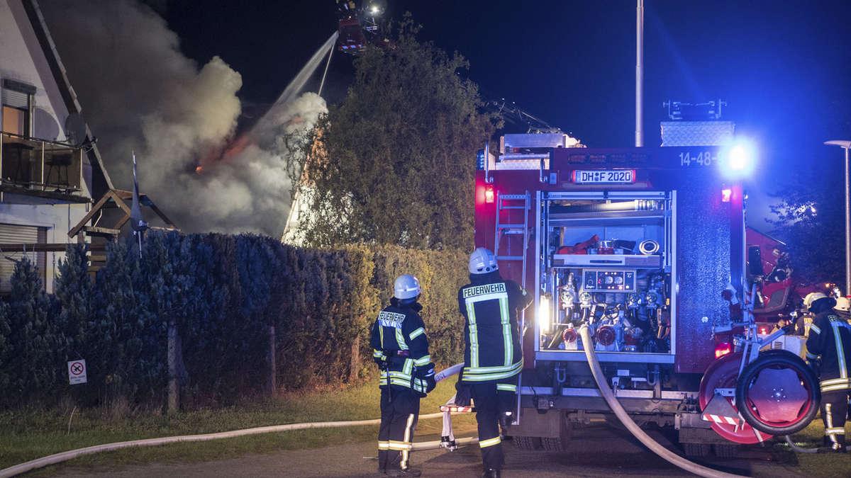 einfamilienhaus in syke brennt komplett nieder syke. Black Bedroom Furniture Sets. Home Design Ideas