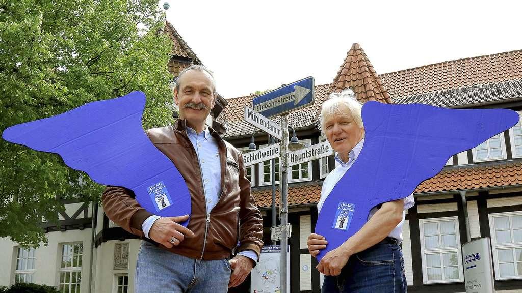 Zwei mit einer vision blaue fl gel f r syke syke for Lutz jahnke