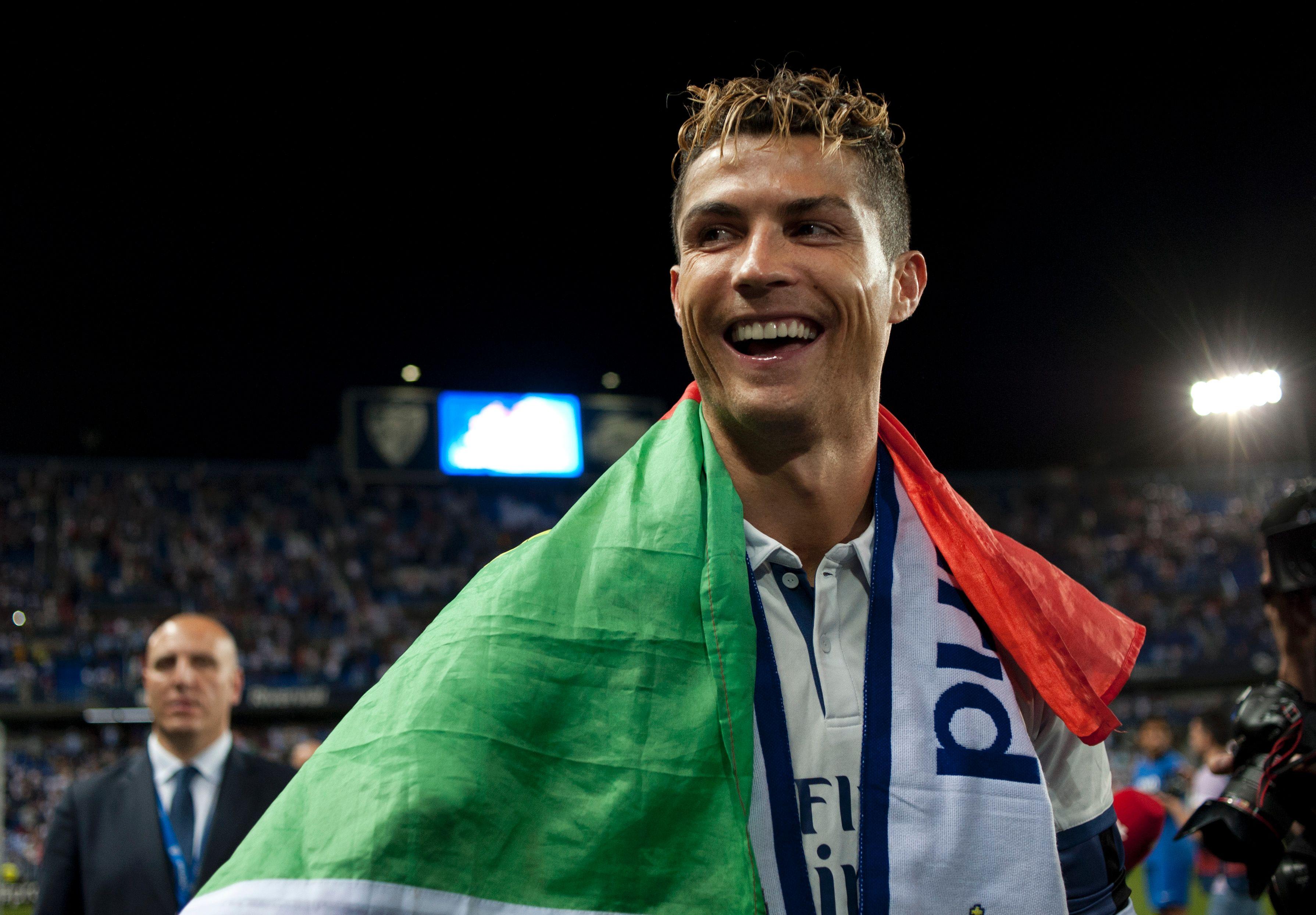 Portugal Fährt Mit Ronaldo Zum Confed Cup